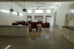HOUSE FOR RENT: Nice Furnished Bungalow House