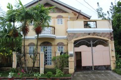 Batangas House and Lot Greenwods South Subdivision For Sale